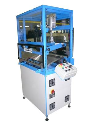 Rotating kiss cutting machine